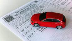 Sapete leggere il libretto dell' auto? Norme e informazioni.