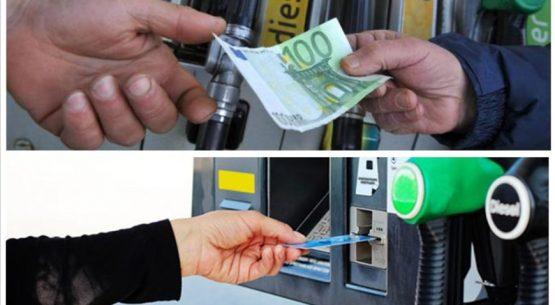 Spese carburanti e lubrificanti 2018: definiti i mezzi di pagamento validi